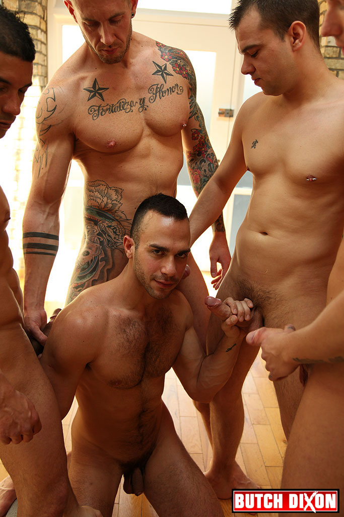 Hot nude men party — photo 8